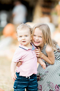 three-cedars-farm-fall-family-session-16