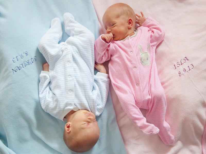 Twins Newborn_20130925_0004