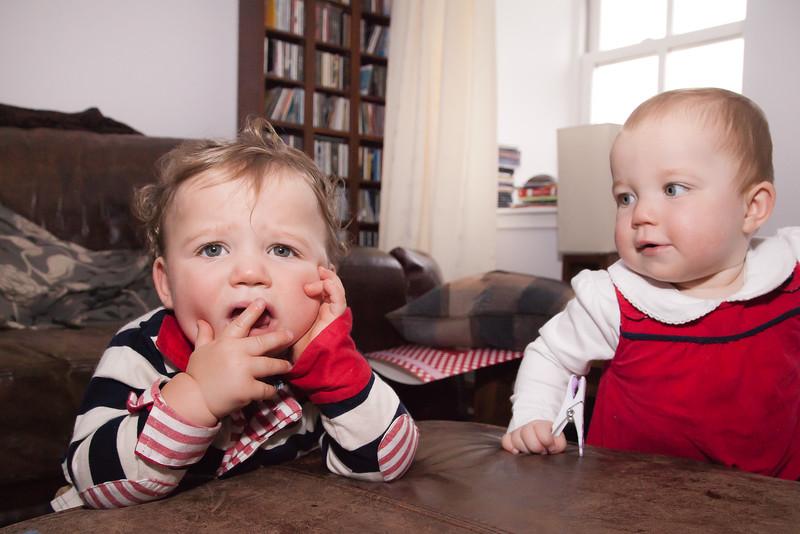Twins 12mths_20141017_0018