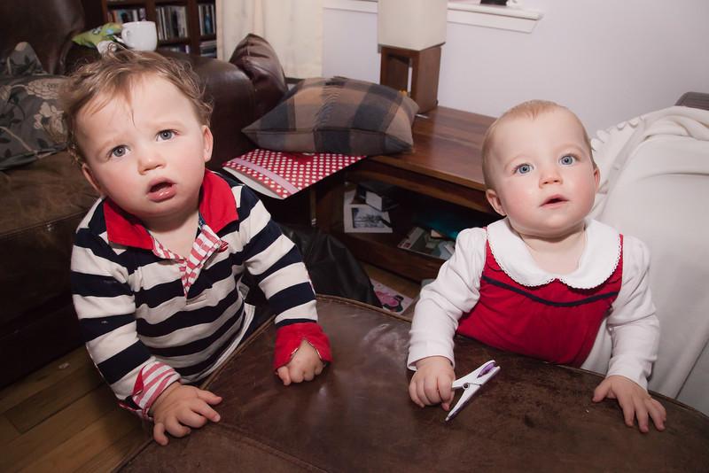 Twins 12mths_20141017_0014