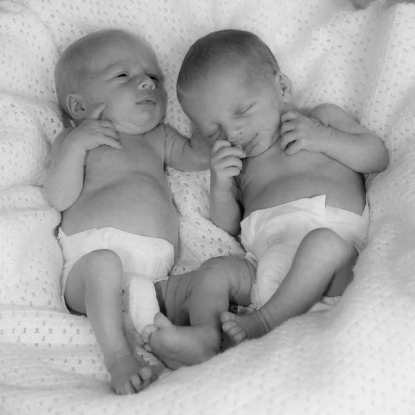 Twins Newborn_20130925_0125