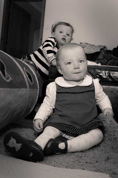 Twins 12mths_20141017_0108