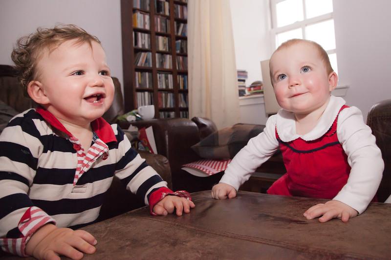 Twins 12mths_20141017_0029