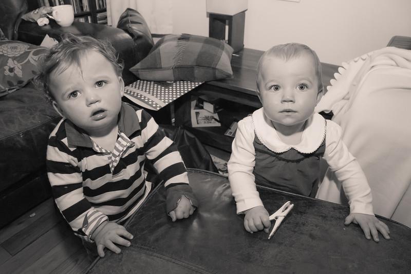 Twins 12mths_20141017_0011