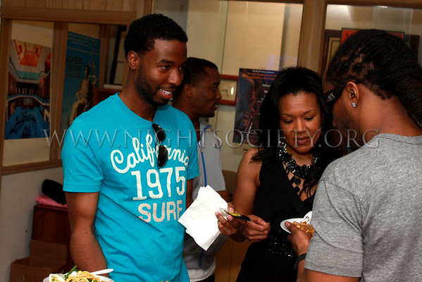 Delux Magazine and a host of sponsors organized the first annual Delux Fashion Walk. 04-28-2011