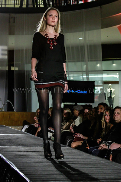 Saint Louis Galleria Presents: Fall in Fashion - Experience a runway show presented by the Saint Louis Galleria. A collection of various designers and brands throughout the St. Louis Galleria will be working together to create a fun and fashion forward show. Produced by Alive Magazine. Produced by Alive Magazine. 100% Proceeds will benefit Haven House St. Louis  - Photography by Night Society