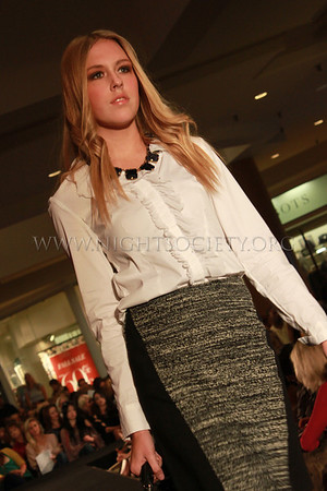 Day four of Alive Fashion Week, Indulge at Plaza Frontenac 10-14-2011