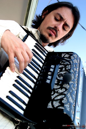 Annouds Journey - A Javier Bonafont Film 12-12-2004 (accordian)