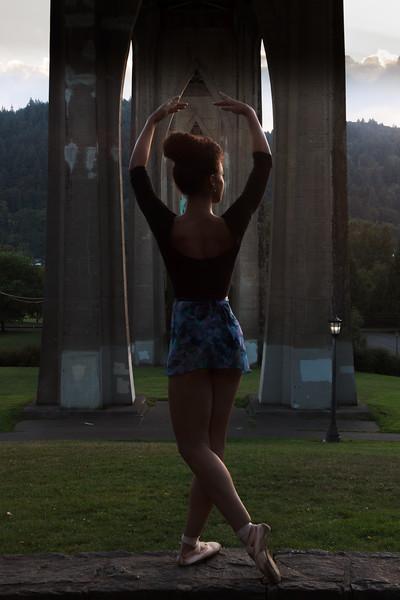Jazmin Ballet Dancer St Johns Bridge-9302