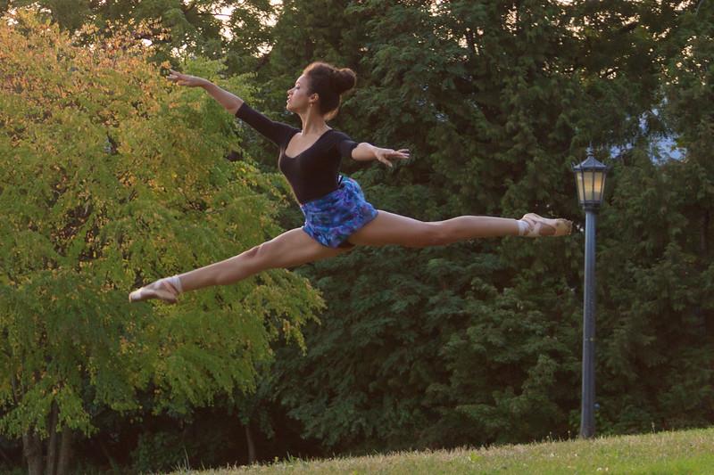 Jazmin Ballet Dancer St Johns Bridge-9316