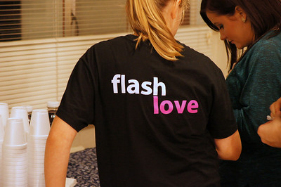 Flash Love womens shelter