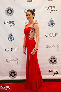 Fresh off the Runway-red carpet-010-7254