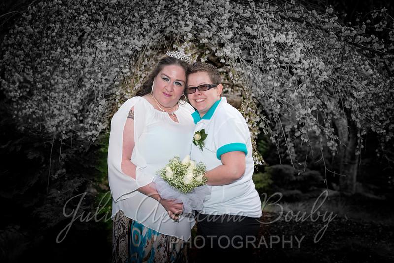Amanda and Sarah - 0242