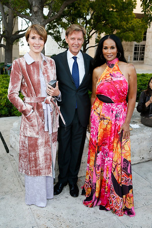 """""""Icons of Style: A Century of Fashion Photography, 1911-2011,"""" exhibition opening at The J. Paul Getty Museum"""