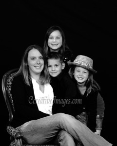McHenry Photographer. Family Portraits Allison G 11/24/11