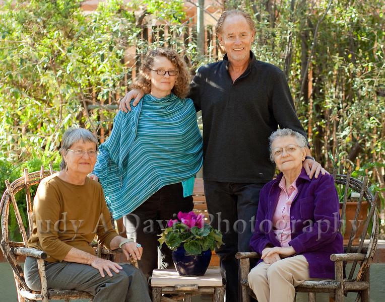 7703<br /> Family Portraits, Tucson Botanical Gardens, Judy A Davis Photography