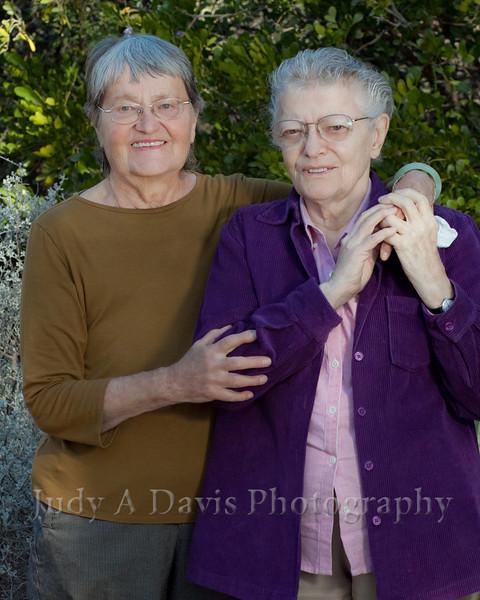 7717<br /> Family Portraits, Tucson Botanical Gardens, Judy A Davis Photography