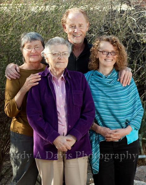 7705<br /> Family Portraits, Tucson Botanical Gardens, Judy A Davis Photography