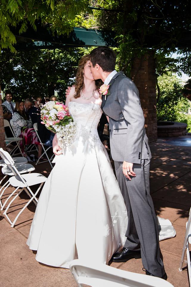 red-butte-gardens-wedding-819342