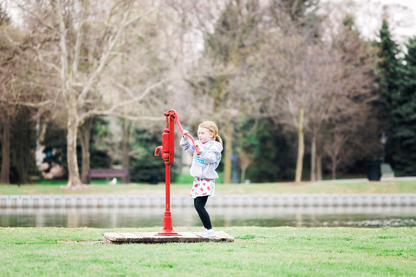 family-session-at-heritage-park-taylor-intrigue-photography-15