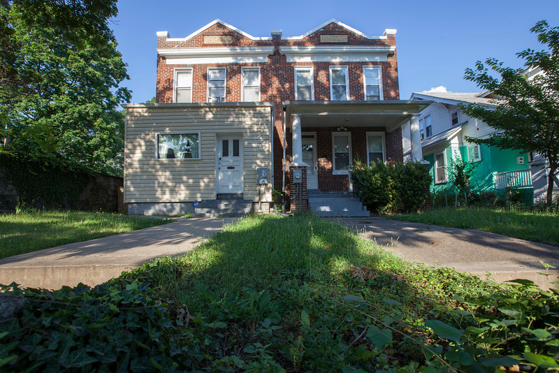 The Society's Urban Photography Series includes guided photo tours of neighborhoods in each of the District's eight wards. The tour of  Brightwood (Ward 4) was led by Pat Tyson. <br /> <br /> PICTURED: 6617 Georgia Avenue NW.<br /> <br /> Shot 6/29/2013. Credit: Anne McDonough, © Historical Society of Washington, D.C.