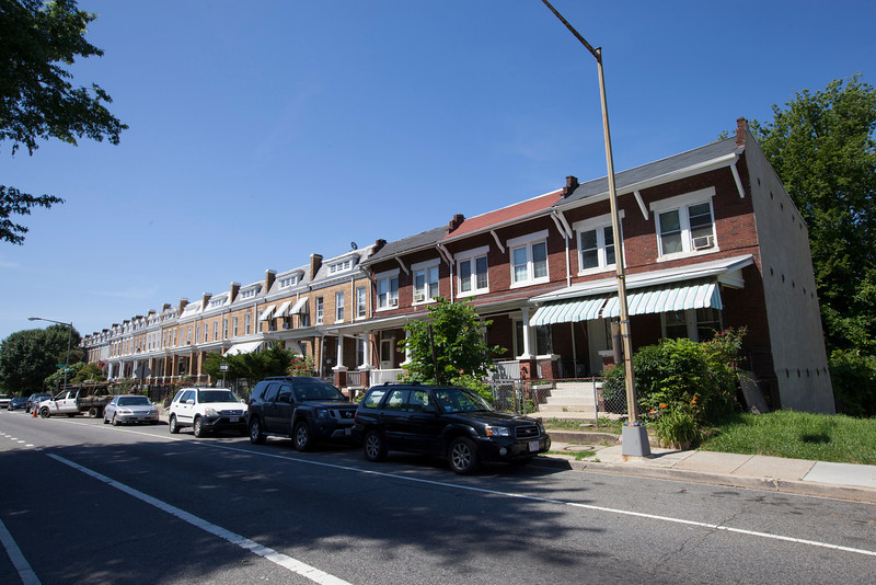 The Society's Urban Photography Series includes guided photo tours of neighborhoods in each of the District's eight wards. The tour of Park View (Ward 1) was led by Kent Boese. <br /> <br /> PICTURED: Warder St. NW, between Lamont Street and Park Road.<br /> <br /> Shot 6/22/2013. Credit: Anne McDonough, © Historical Society of Washington, D.C.