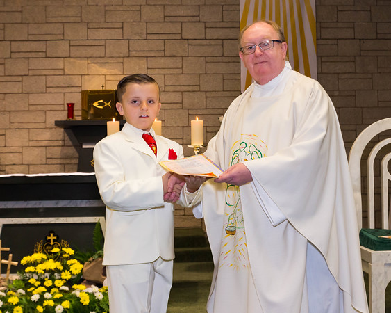 Phill Connell-IMG_4419-2-HolyCommunion2018