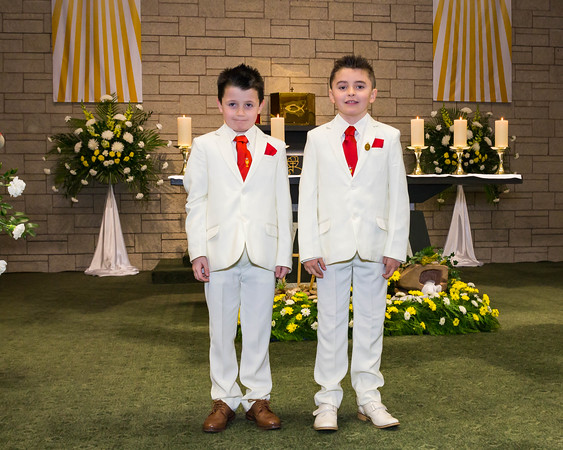 Phill Connell-IMG_4407-2-HolyCommunion2018