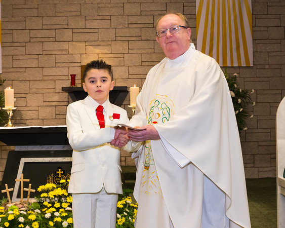Phill Connell-IMG_4421-2-HolyCommunion2018