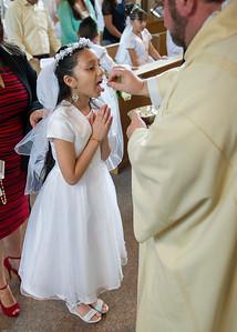 Communion Hispanic-9055-24 5x7