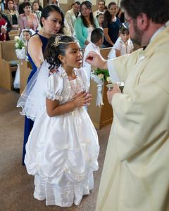 Communion Hispanic-9098-35 8X10