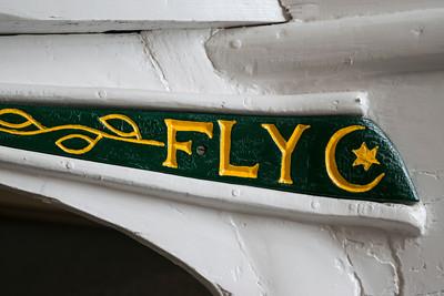 FLY (2)
