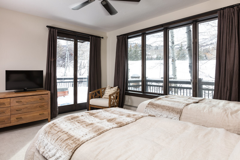 BeaverCreek-Residence-FairviewRetreat-Bedroom3-0439