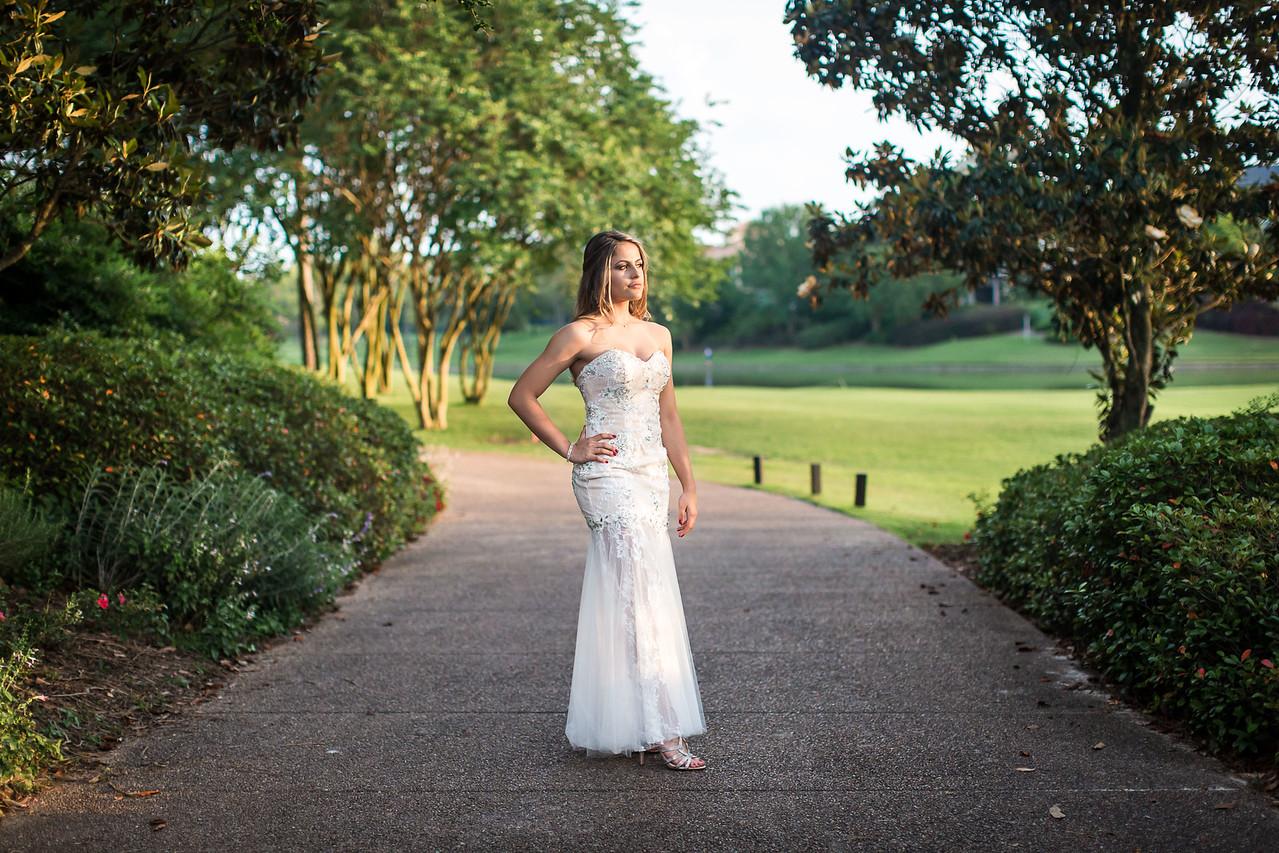 Isabella Machado Royal Country Club Outdoor Portrait Session