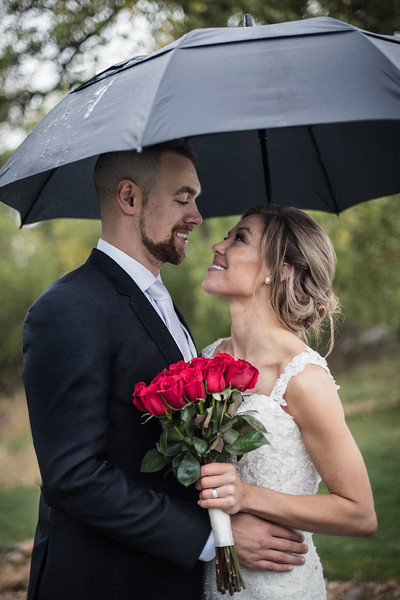 Jacquie_Kevin_Wedding-Umbrella-0090