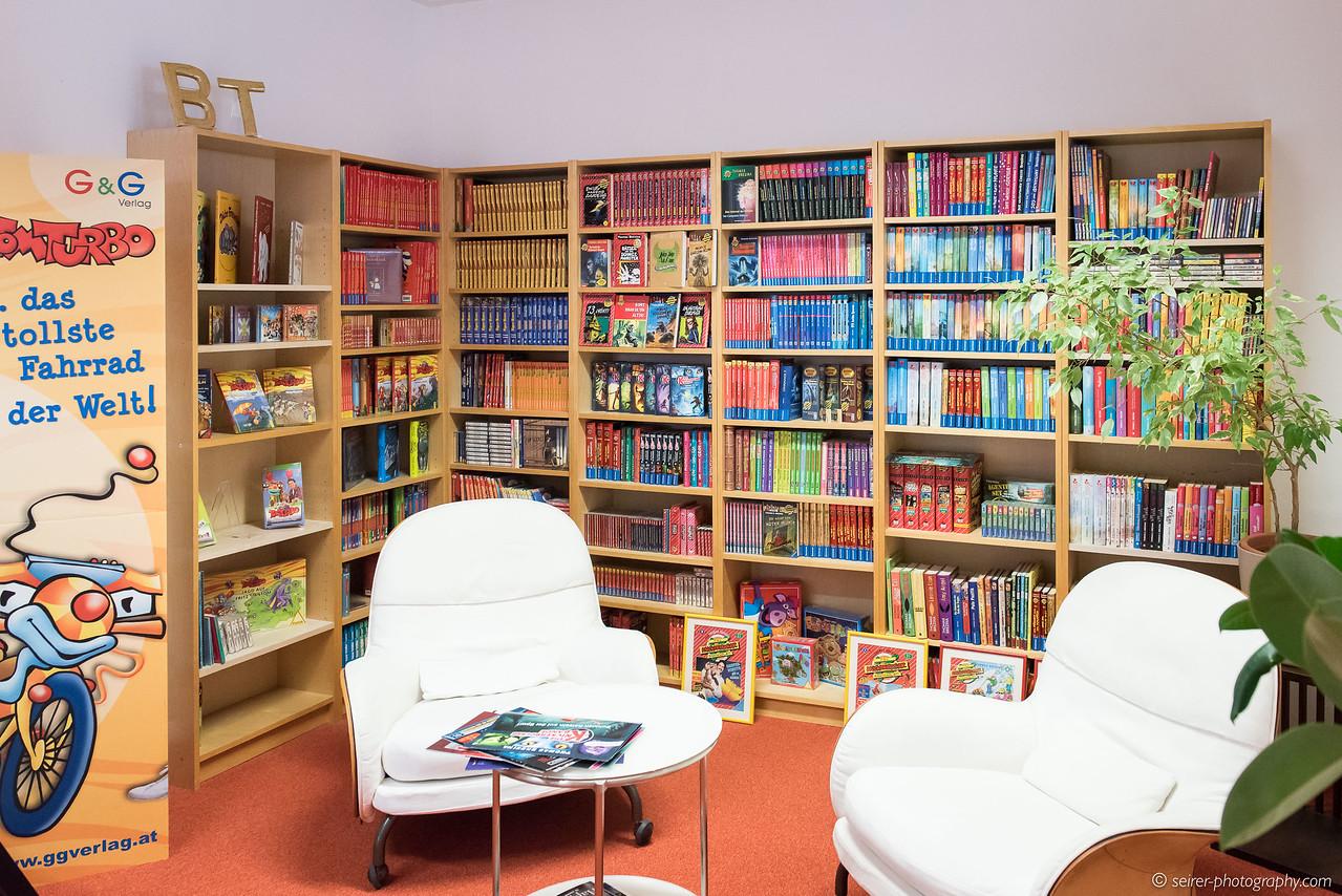 Über 500 Bücher von Thomas Brezina - und viele weitere werden folgen