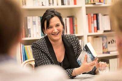 """Lesung """"Mörderische Wahrheiten"""" von Theresa Prammer in der Buchhandlung Erlkönig"""