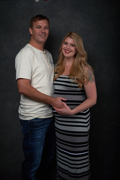 Jenny and Chris Mauser pregnancy shoot