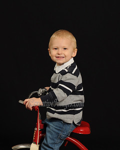 McHenry Photographer. Jill L Family Portraits. 11/28/11