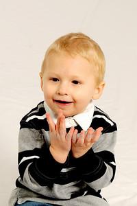 McHenry Photographer. Jill L Family Portraits. 11/28/11