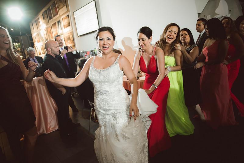 2016-0606-dali-wedding-photographer-2048x-1205