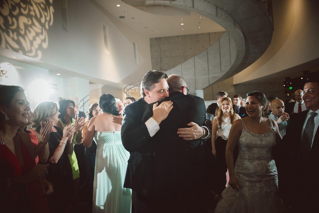 2016-0606-dali-wedding-photographer-2048x-1180