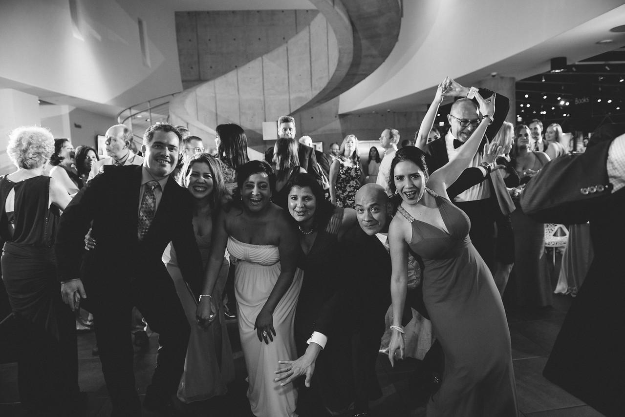 2016-0606-dali-wedding-photographer-2048x-1057