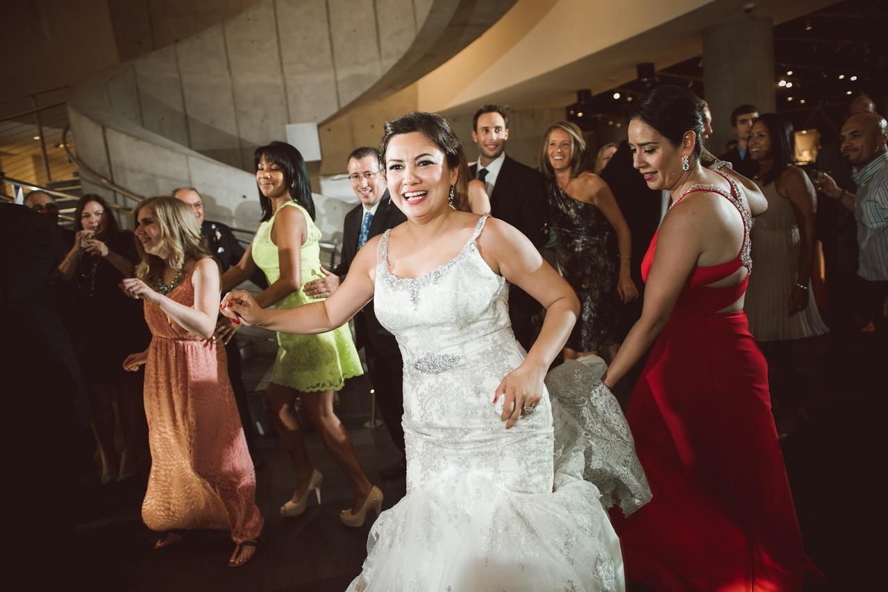 2016-0606-dali-wedding-photographer-2048x-1215