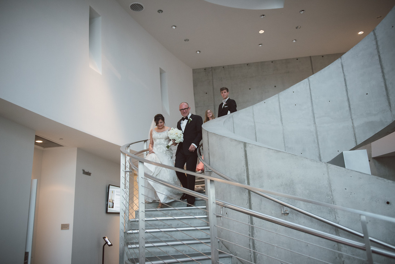 2016-0606-dali-wedding-photographer-2048x-665