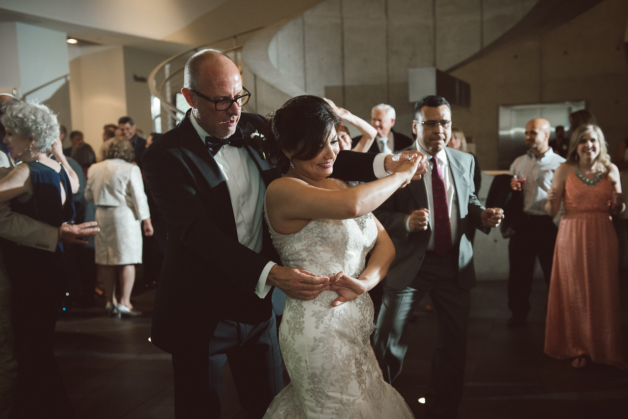2016-0606-dali-wedding-photographer-2048x-1031