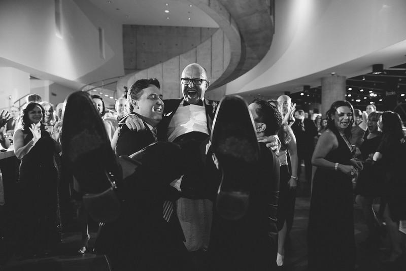 2016-0606-dali-wedding-photographer-2048x-1166