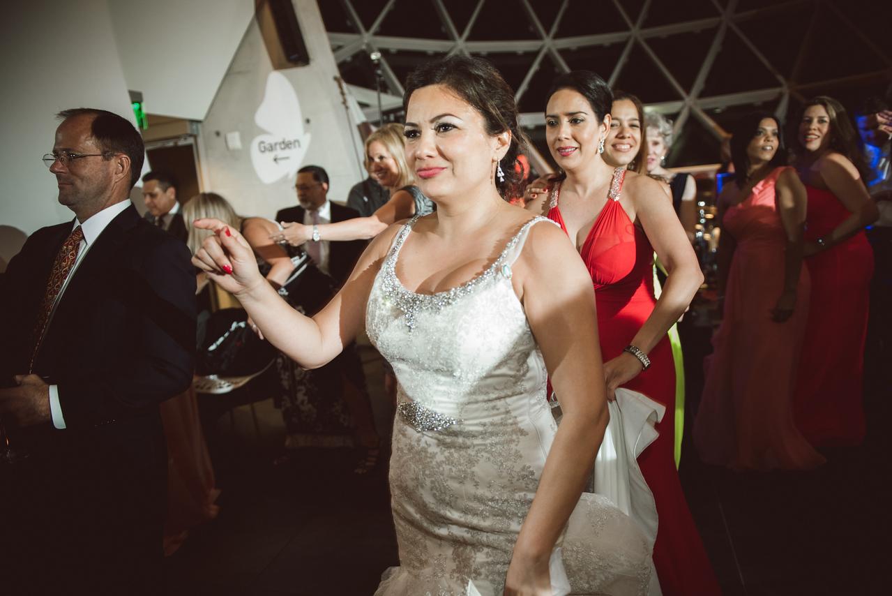 2016-0606-dali-wedding-photographer-2048x-1212