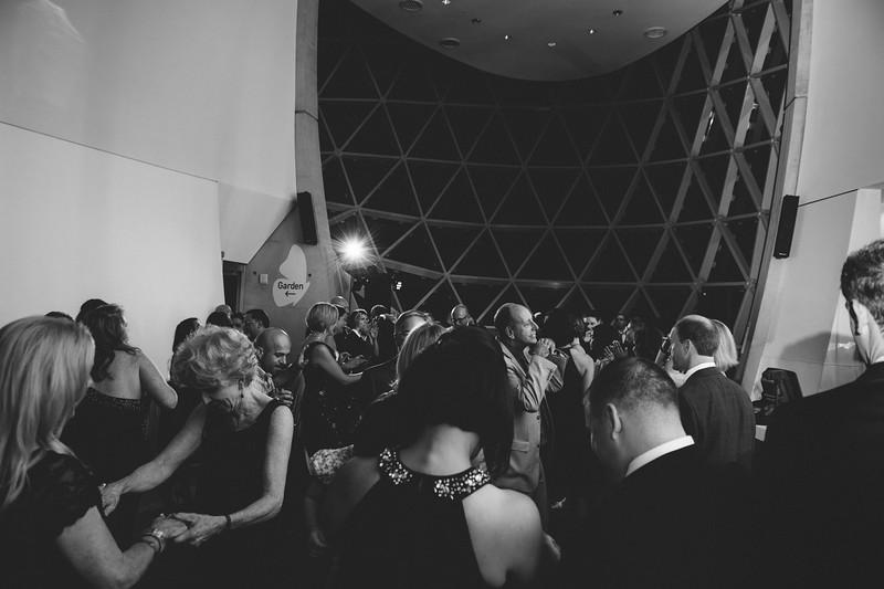 2016-0606-dali-wedding-photographer-2048x-1154
