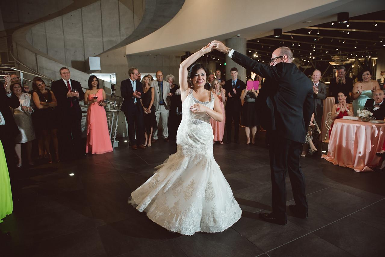 2016-0606-dali-wedding-photographer-2048x-1011